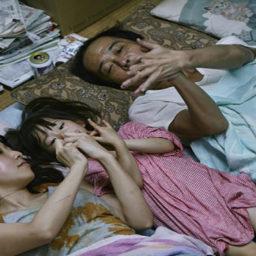 Une affaire de famille d'Hirokazu Kore-eda: enquête raffinée sur les liens familiaux