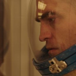High Life: Aller simple de la terre au trou noir