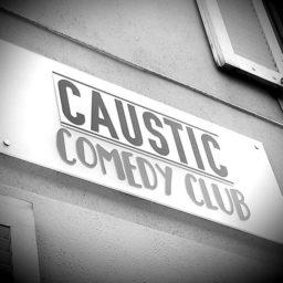 Split : on teste au Caustic !